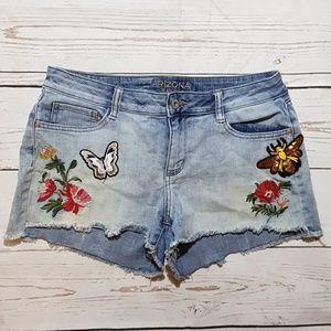Arizona size 11 shorts